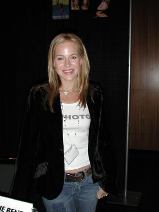 Julie Benz by Flickr user cliff1066™