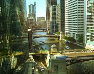 Chicago River by Flickr user j.o.h.n. walker