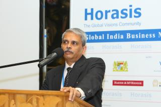 Kris Gopalakrishnan, CEO, Infosys, during the Karnataka reception, at the Horasis Global India Business Meeting 2009 by Flickr user Horasis